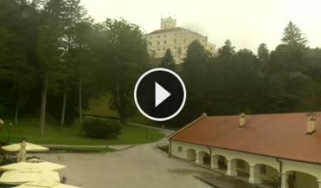 Cámara web en tiempo real El Castillo de Trakošćan - Bednja