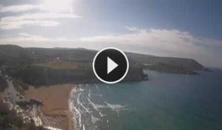 Kamerka na żywo Golden Bay - Għajn Tuffieħa